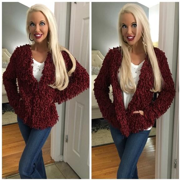 Sweaters - 🛍LAST 3! ! Gorgeous Wine Fuzzy Open Cardigan!